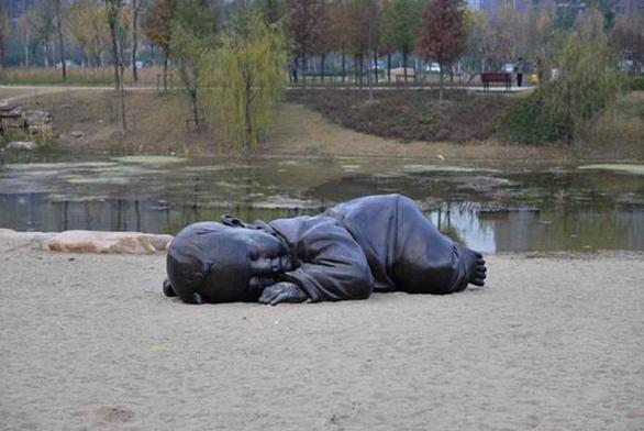 福州铸铜雕塑保养